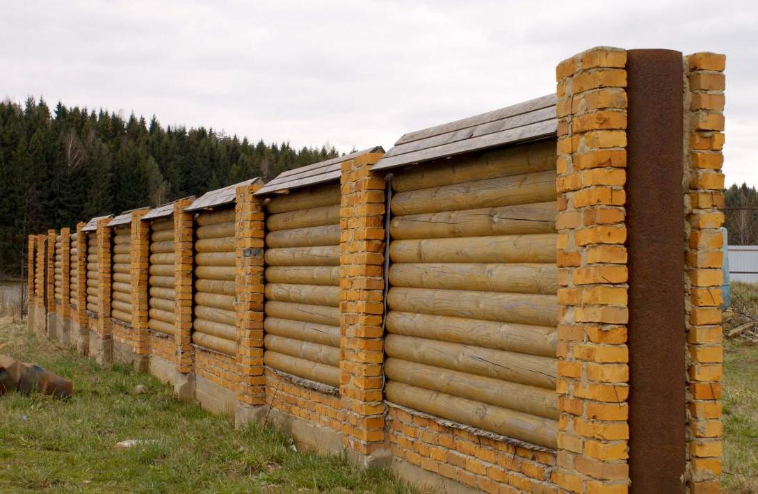 забор бревенчатого дома картинки край основной лески