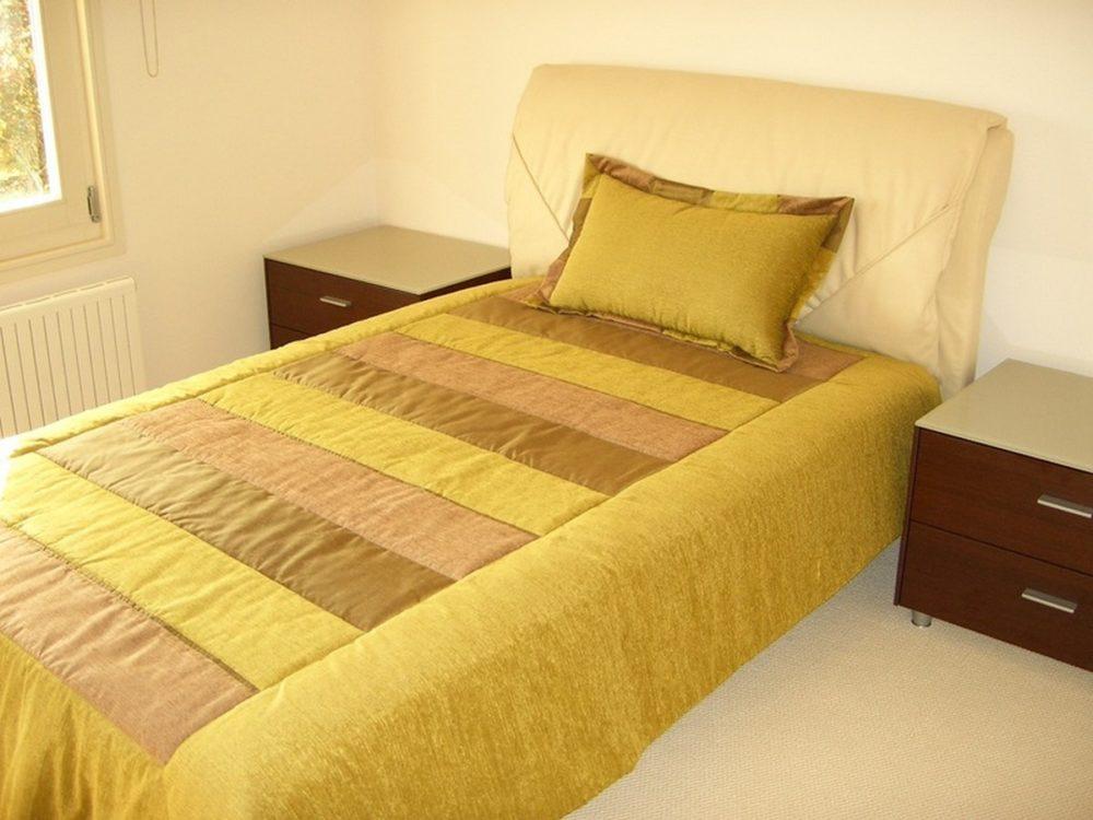 Как сшить красивое покрывало на кровать своими руками