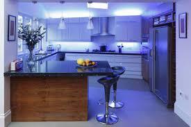 Особенности использования светодиодных лент в интерьере кухни